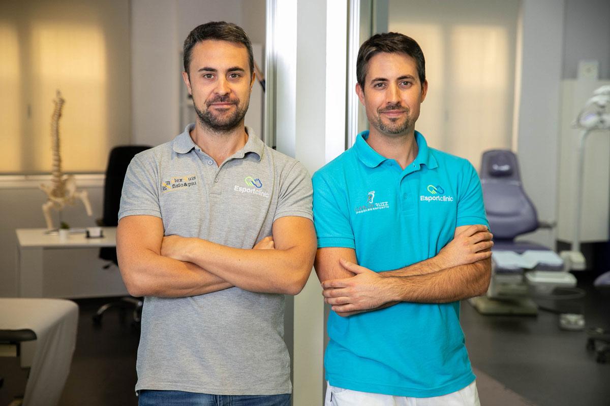 equipo de Esportclínic, fisioterapeuta y podólogo