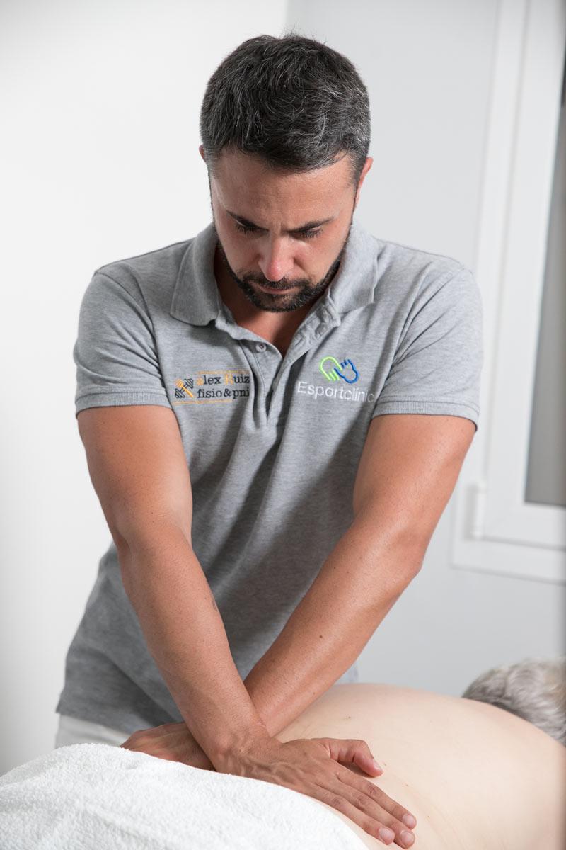 paciente fisioterapia columna Esportclínic